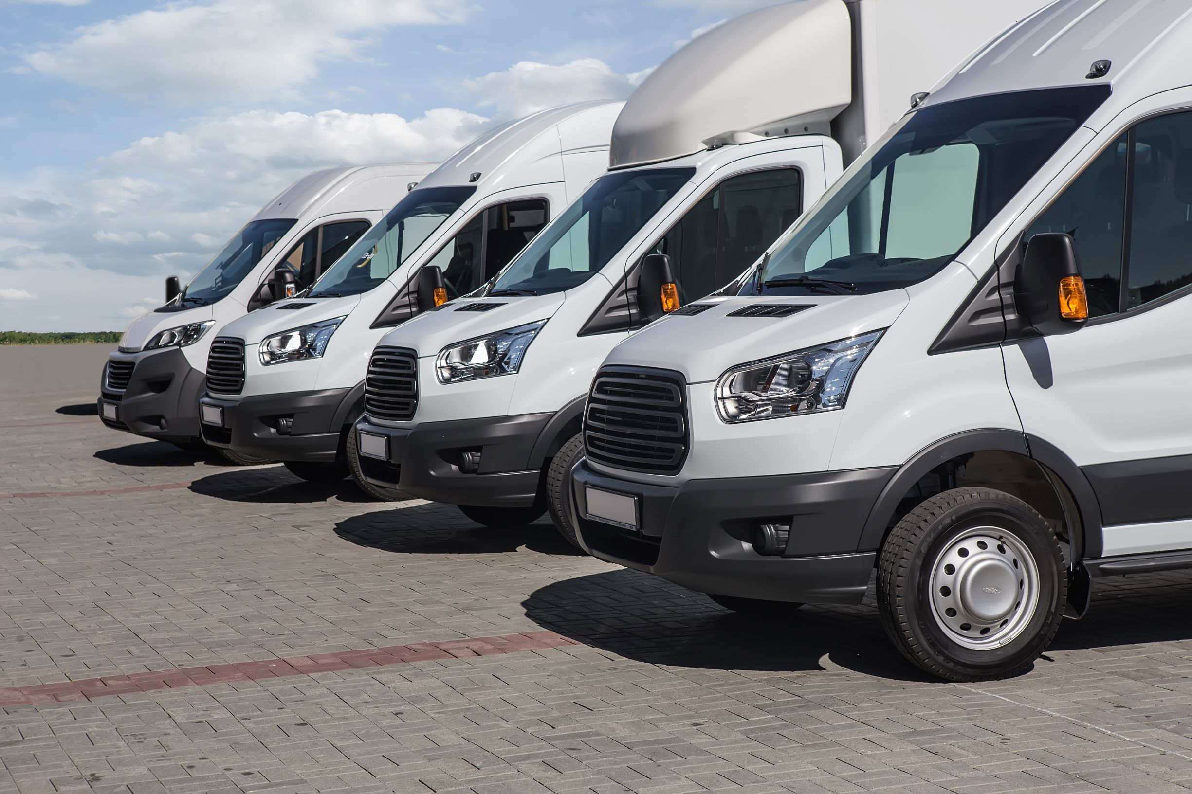 transporation rental - minibusesandvansoutside